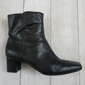 Nine West Leather Black Bootie square toe size 9.5